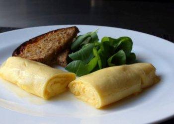 Французский омлет с сыром