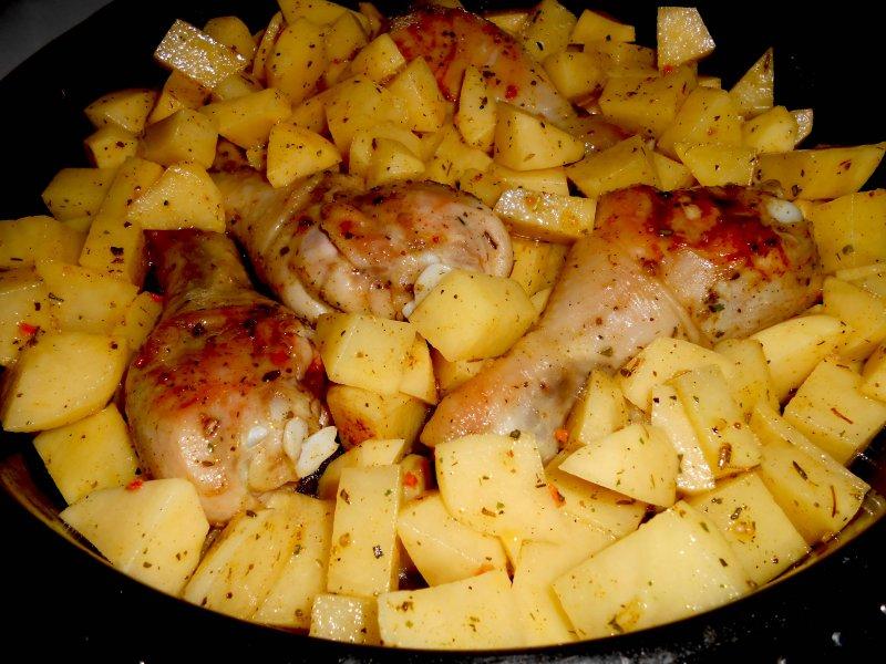 Куриные ножки с картофелем в медовом соусе | Рецепт приготовления | Шаг 4