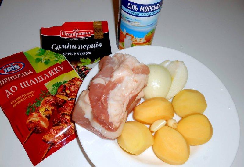 Свинина с картофелем в рукаве | Рецепт приготовления | Шаг 1